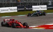 Hamilton về ba tại GP Mỹ, lỡ cơ hội đăng quang sớm
