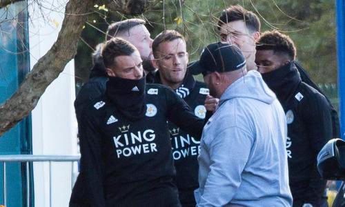 Cầu thủ Leicester nghẹn ngào tưởng nhớ cố Chủ tịch Vichai