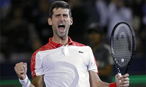 Djokovic có thể lên số một thế giới ngay sau giải đấu tại Paris, nếu các kết quả tại giải thuận lợi với tay vợt Serbia. Ảnh: AP.