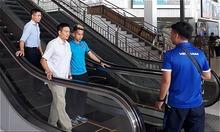 Hồng Duy suýt mất ví khi đến Lào đá AFF Cup