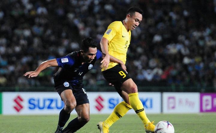 Campuchia thiếu sự bản lĩnh ở những pha bóng quyết định để tạo ra đột biến. Ảnh: Malaysia FA.