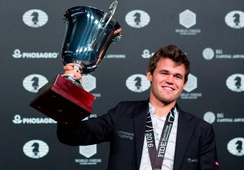 Caruana thách đấu ngôi Vua cờ của Carlsen - ảnh 2