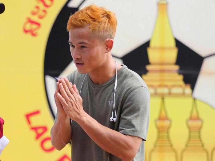 Việc không được ra sân trong trận đấu với Việt Nam ngày 8/11 khiếnVongchiengkham ức chế.