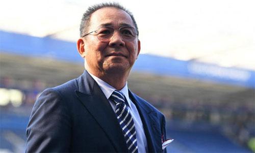 Vichai là người biến Leicester City từ một đội bóng hạng nhất thànhnhà vô địch Ngoại hạng Anh. Ảnh: Reuters