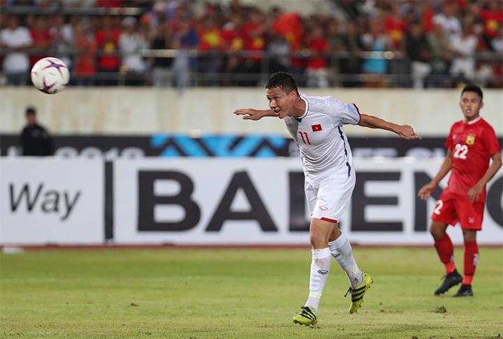 Anh Đức vào top 5 cầu thủ gây ấn tượng ở lượt trận đầu AFF Cup - ảnh 1