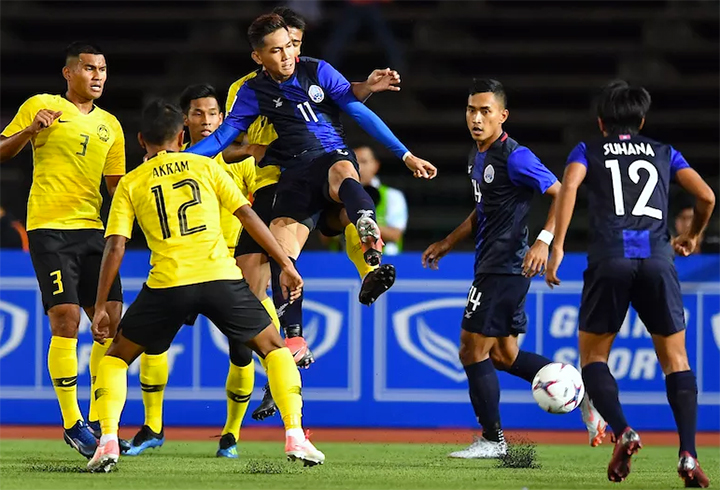 Anh Đức vào top 5 cầu thủ gây ấn tượng ở lượt trận đầu AFF Cup - ảnh 3