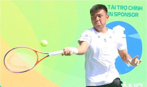 Hoàng Nam vừa trở thành tay vợt Việt Nam đầu tiên vào top 400 ATP.