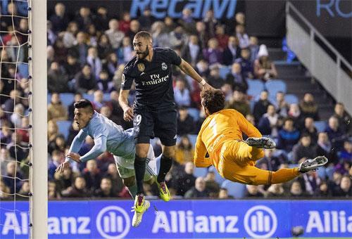 Benzema là một trong những cầu thủ chơi tốt nhất dưới sự dẫn dắt của tân HLV Solari. Ảnh: Reuters
