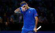 Federer thua trận ra quân tại ATP Finals