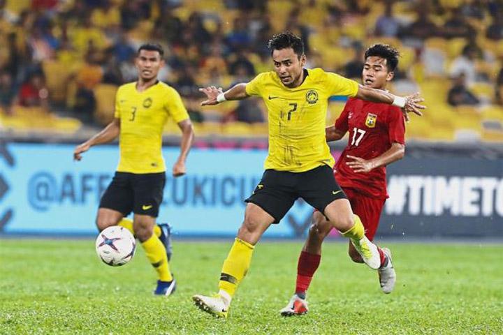 Aidil Zafuan Abdul Radzak thi đấu trong trận Malaysia lội ngược dòng giành chiến thắng 3-1 trước Lào ngày 12/11.