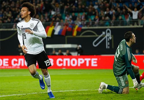 Trong trận thứ 16 khoác áo ĐTQG, Sane đã có bàn thắng đầu tiên cho Đức. Ảnh: DFB.