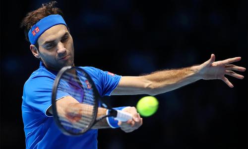 Federer và Anderson dắt tay nhau vào bán kết ATP Finals