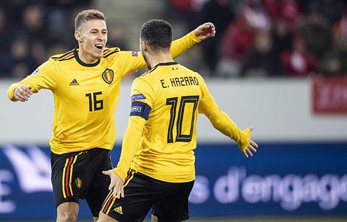 Thorgan Hazard ghi cả hai bàn đầu tiên cho Bỉ tối 18/11. Ảnh: EPA.