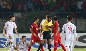 Những quyết định bất lợi của trọng tài với Việt Nam