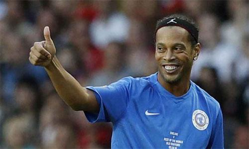 Ronaldinho thiệt hại nặng nề vì vụ xây dựng trái phép. Ảnh: AS