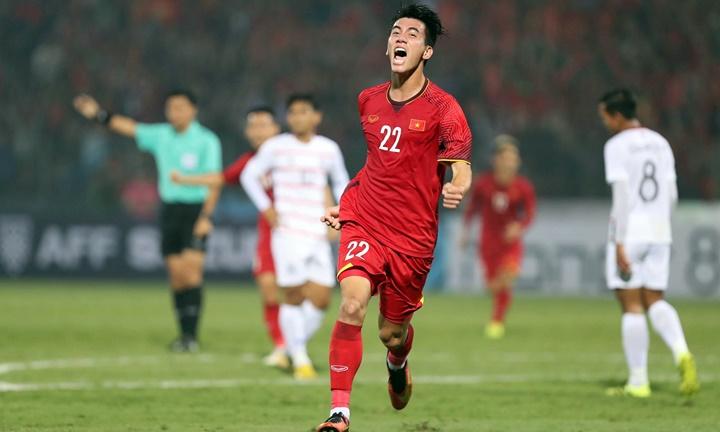Tiến Linh mừng bàn thắng đầu tiên trong màu áo đội tuyển Việt Nam. Ảnh: Lâm Đồng.