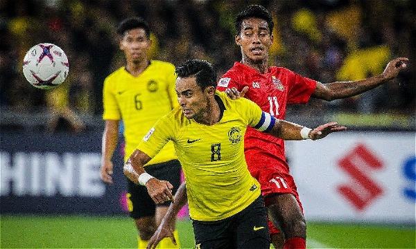 Malaysia (áo vàng) chơi áp đảo suốt 90 phút và có thắng lợi xứng đáng.