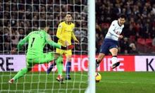 Tottenham khiến Sarri nhận thất bại đầu tiên tại Ngoại hạng Anh