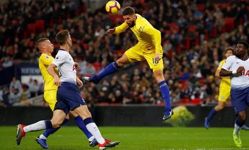 Bàn thắng của Giroud chỉ mang tính chất gỡ lại danh dự cho Chelsea. Ảnh: Reuters.