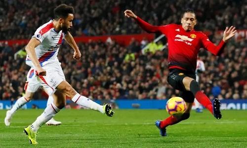 Townsend bỏ lỡ cơ hội ngon ăn nhất trận vào giữa hiệp hai. Ảnh: Reuters.