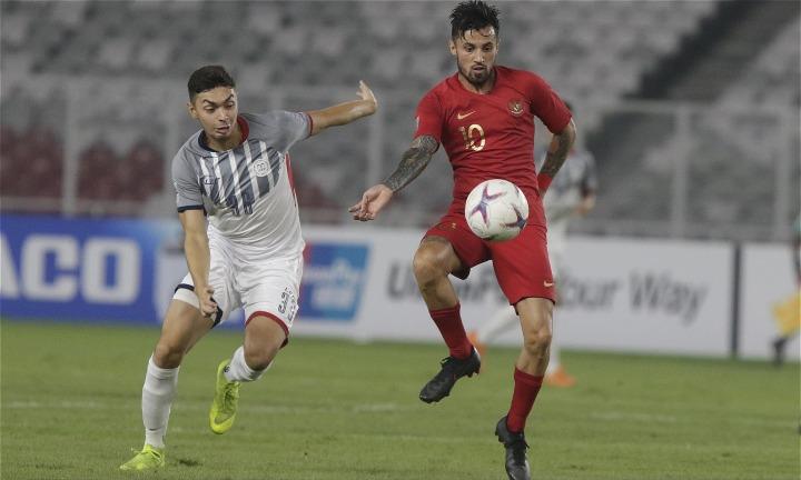 Philippines (trái) kết thúc bảng B AFF Cup với tám điểm qua bốn trận. Ảnh: AFF.