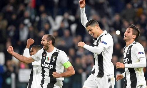 Ronaldo tiếp tục chinh phục những cột mốc mới với Juventus. Ảnh: Reuters.