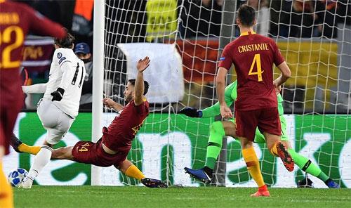 Bale tỏa sáng với một bàn thắng và một pha phát động tấn công.