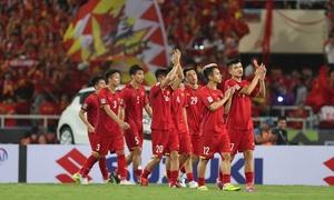 Đội tuyển bóng đá Việt Nam trở lại top 100 thế giới