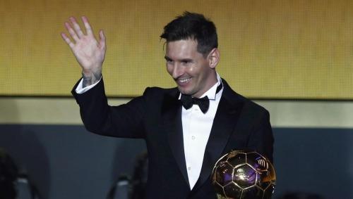 Messi đã năm lần đoạt Quả Bóng Vàng, gần nhất là năm 2015. Ảnh: Reuters.