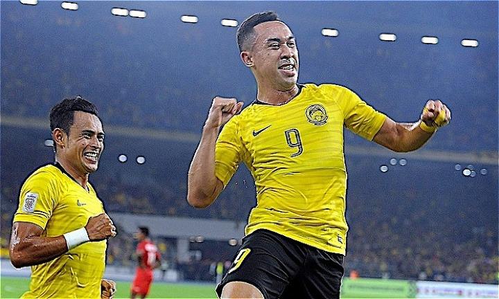 Talaha (số 9) là chân sút số một của Malaysia với bốn bàn thắng tại giải năm nay. Ảnh: Kosmo.