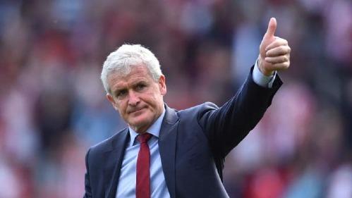 Trận hòa 2-2 với đội bóng cũ Man Utd không giúp Mark Hughes giữ ghế tại Southampton. Ảnh:AFP.