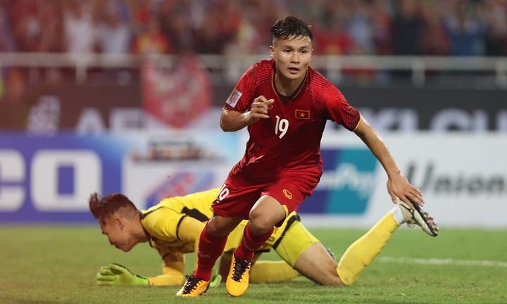Quang Hải được xem là một trong năm nhân vật có ảnh hưởng nhất ở vòng bán kết AFF Cup. Ảnh: Đức Đồng.