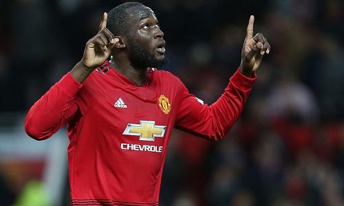 Bàn thắng vào lưới Fulham giúp Lukaku chấm dứt cơn khát bàn thắng tại sân Old Trafford. Ảnh: Reuters.