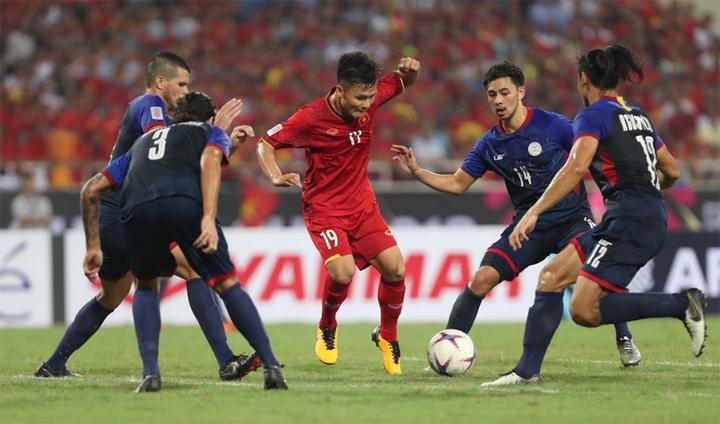 Những cầu thủ gây đột biến cao như Quang Hải là niềm hy vọng lớn với Việt Nam trận này. Ảnh: Đức Đồng.