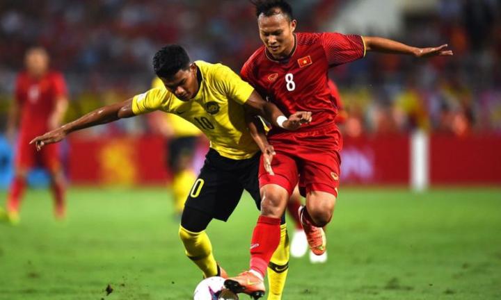 Shahrel (trái) chưa ghi bàn ở AFF Cup năm nay. Ảnh: Goal.