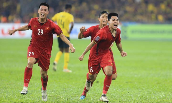 Các học trò của HLV Park Hang-seo được ví như Hàn Quốc sau trận hòa 2-2 ở Bukit Jalil. Ảnh: Đức Đồng.