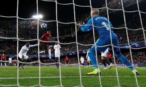 Bàn thắng của Rashford giúp Man Utd gỡ lại phần nào thể diện. Ảnh: Reuters.