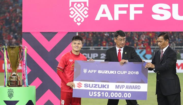 Quang Hải hay nhất AFF Cup và nhiều khả năng sẽ đoạt Quả Bóng Vàng Việt Nam 2018. Ảnh: Đức Đồng.
