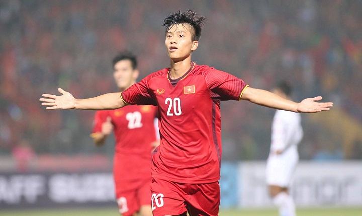 Văn Đức ghi tổng cộng ba bàn thắng tại AFF Cup 2018. Ảnh: Đức Đồng.