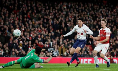 Son Heung Min ghi bàn mở tỷ số cho Tottenham. Ảnh: Reuters.