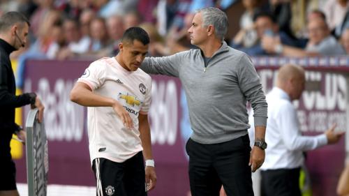 Sanchez là bản hợp đồng Mourinho rất kỳ vọng. Ảnh:Reuters.