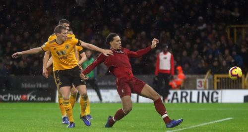 Van Dijk có bàn thắng đầu tiên ở Ngoại hạng Anh cho Liverpool sau 34 pha dứt điểm kể từ khi gia nhập. Ảnh:AFP.