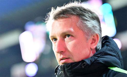 Tổng Giám đốc Bremen, Frank Baumann từng có thời làm đội trưởng CLB. Ảnh: Reuters
