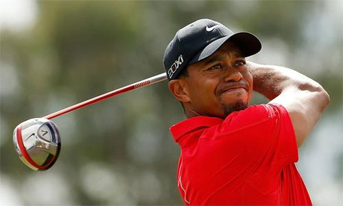 Sự trở lại ấn tượng trên sân golf trong năm nay giúp Tiger Woods gia tăng khối tài sản lên 800 triệu đôla. Ảnh: Forbes.