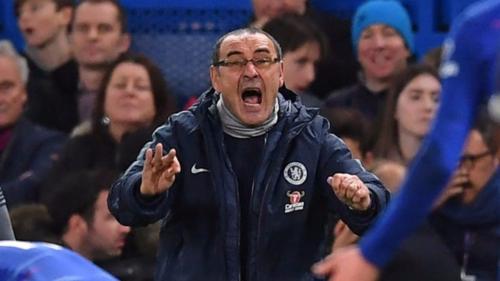 Chelsea của HLV Sarri giữ vị trí thứ tư nhưng bị đội thứ năm Arsenal cân bằng 37 điểm. Ảnh:Reuters.