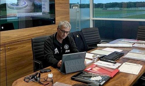 Phòng làm việc của Mourinho tại Trung tâm Carrington. Ảnh: PA.