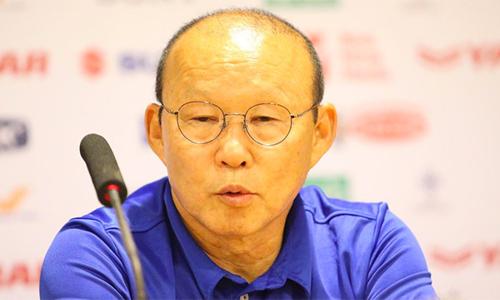 HLV Park Hang-seo vẫn chưa yên lòng về cách phòng ngự của tuyển Việt Nam.