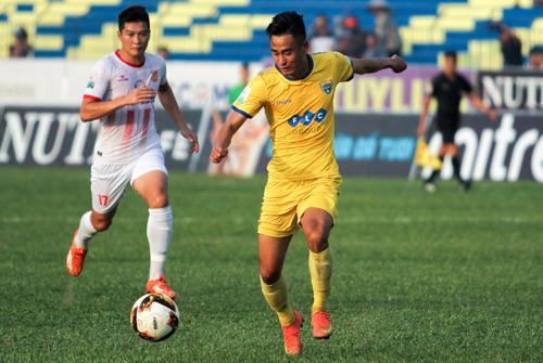 Vũ Minh Tuấn ghi bốn bàn cho Thanh Hóa tại V-League 2018. Ảnh: VPF