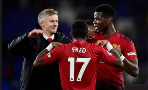 Sự xuất hiện của Solskjaer mang tới niềm vui cho Pogba và Man Utd. Ảnh:AFP.