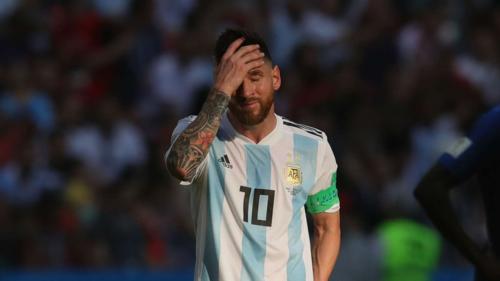 Thành công quá lớn ở Barca nhưng chưa từng giúp Argentina giành được danh hiệu lớn khiến Messi chịu nhiều áp lực. Ảnh:AFP.